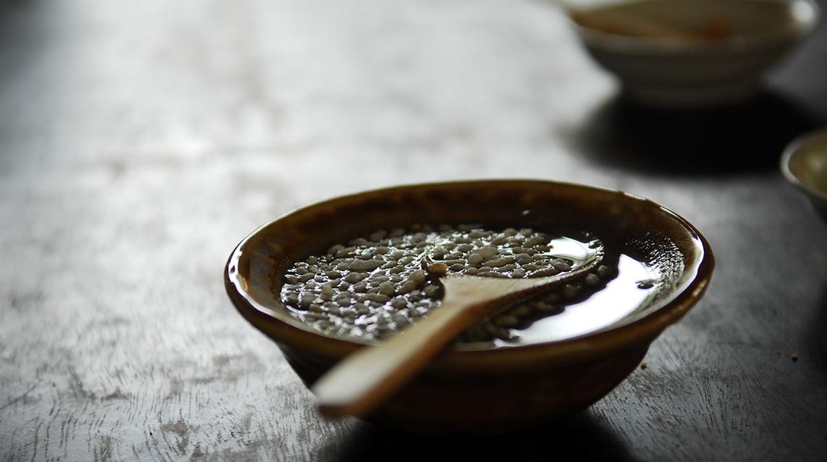 lei cha teekeitto on todellista superfoodia, joka valmistetaan teestä ja vaihtelevista yrteistä, kasviksista ja mausteista. Lue lisää ja maista itse!